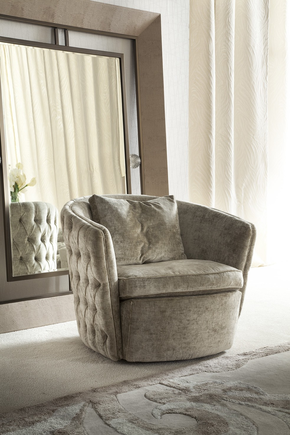 modern living room swivel arm chair los angeles