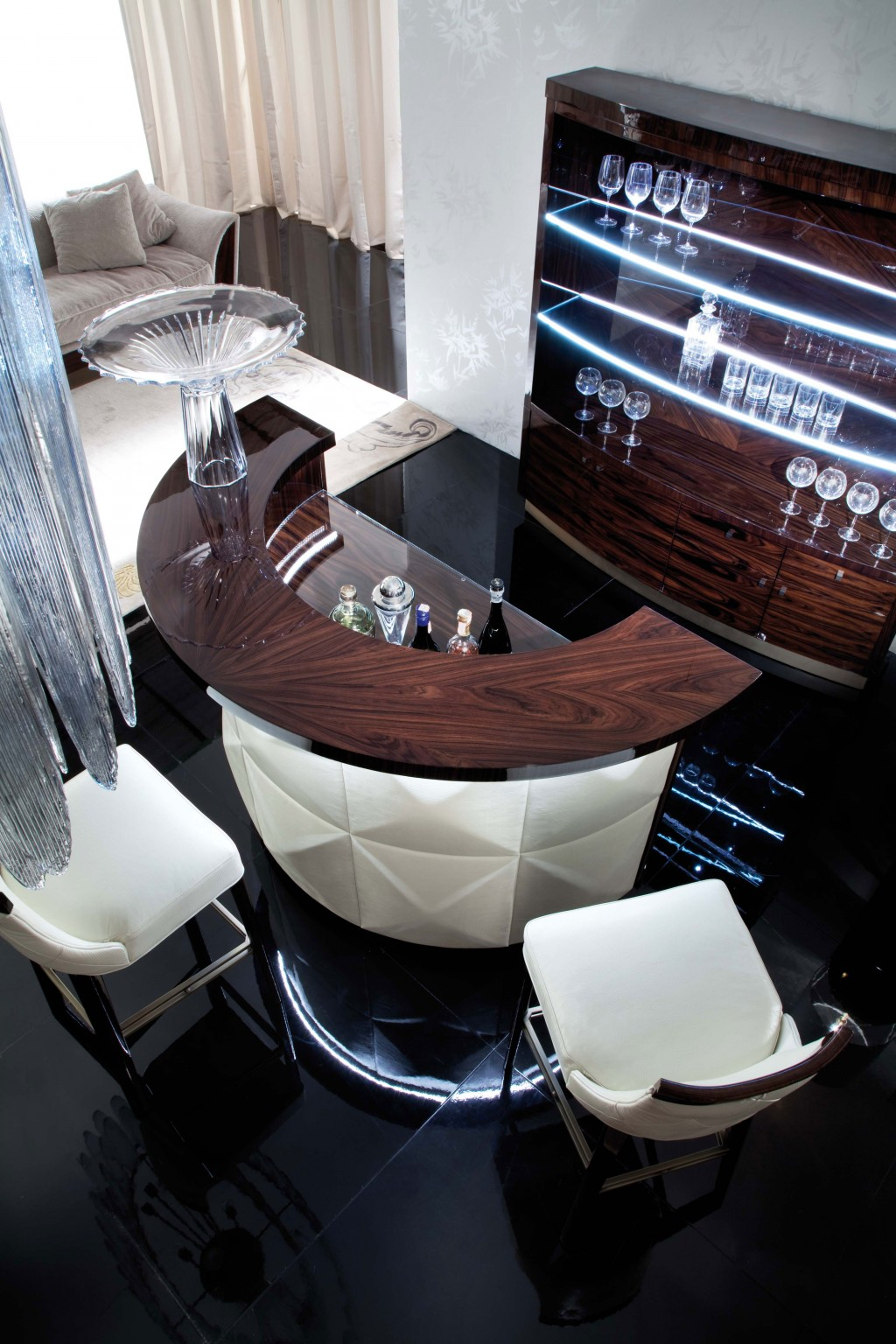 Modern Italian Furniture Bar