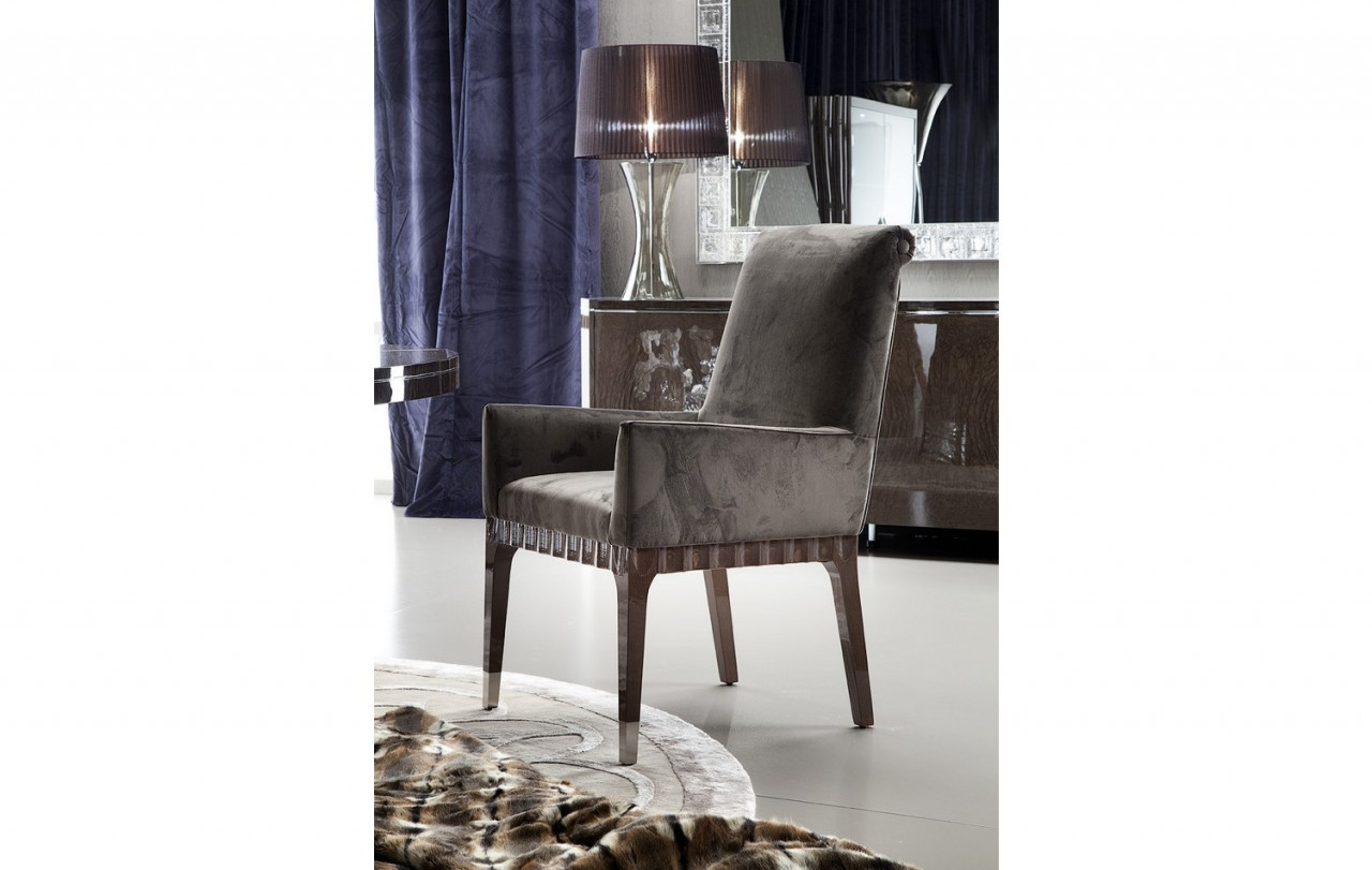 Ordinaire Giorgio Absolute Dining High Back Arm Chair