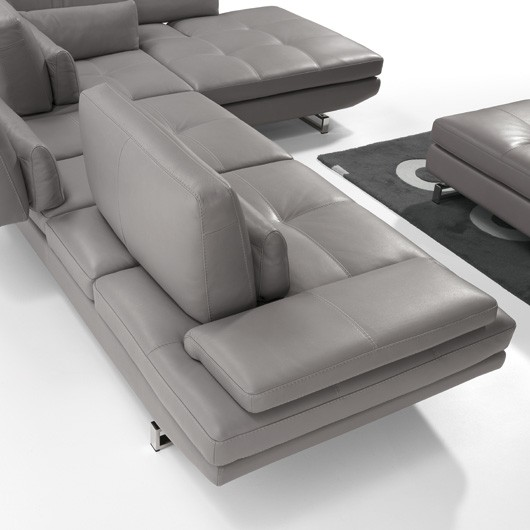 Modern Italian Fly 2 Sectional | Maxi Divani | Italy 2000 | Los Angeles