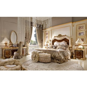 Celebrity Traditional Bedroom
