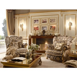 Celebrity Traditional Living Room